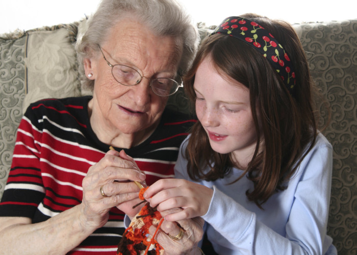 Tips for Making the Holidays Brighter for Those with Alzheimer's