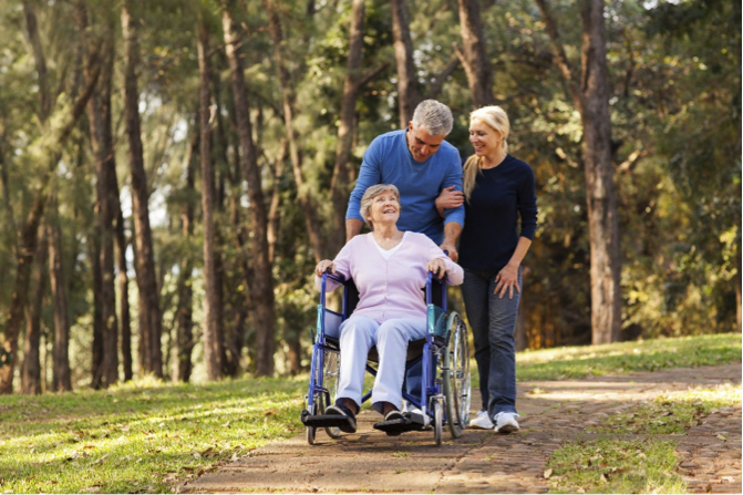 6 Ways the Great Outdoors Can Impact Senior Health