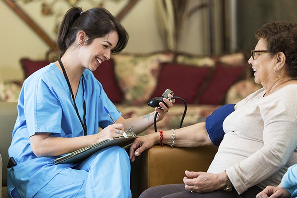 The Top Home Care Company in Santa Rosa, CA Can Reduce Your Risk for Hospital Readmissions