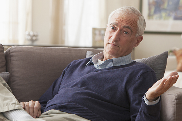 What to Do When a Senior Is Unaware of Dementia Behaviors